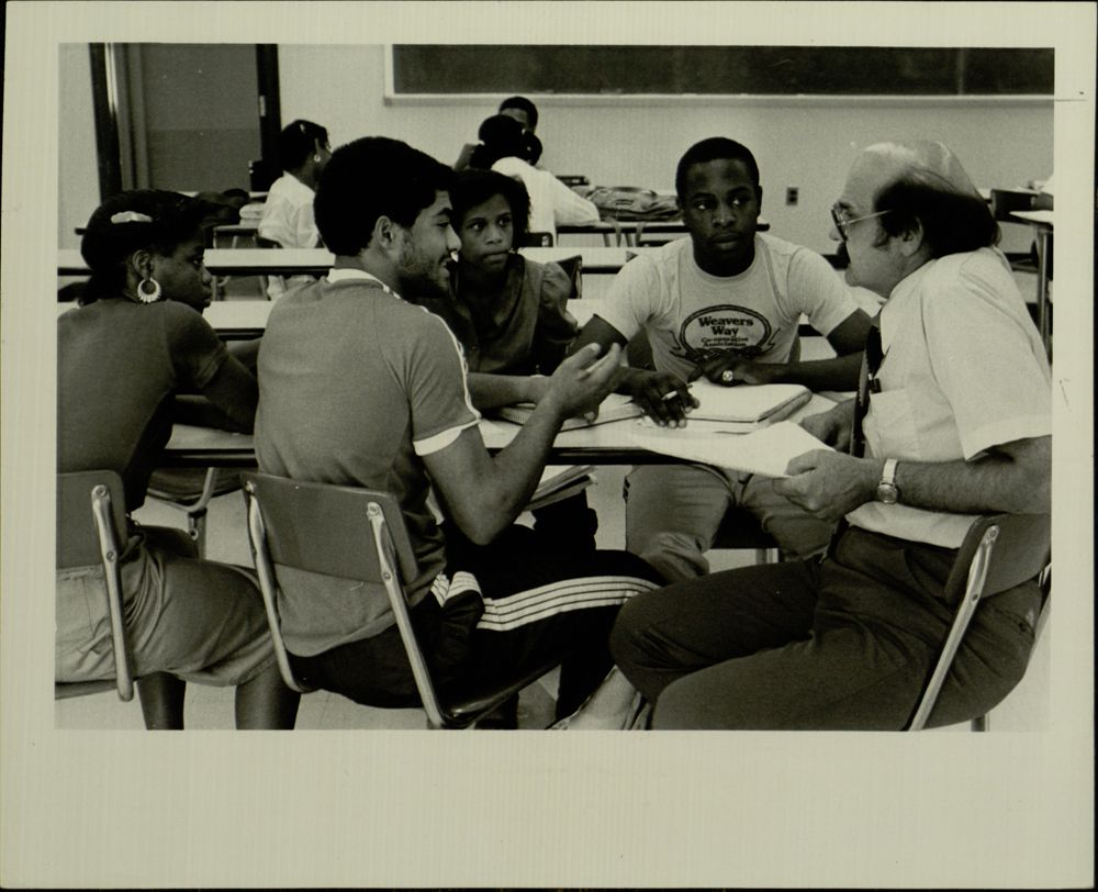 Classroom discussion, 1982 (VUA 35/7 Student Life)